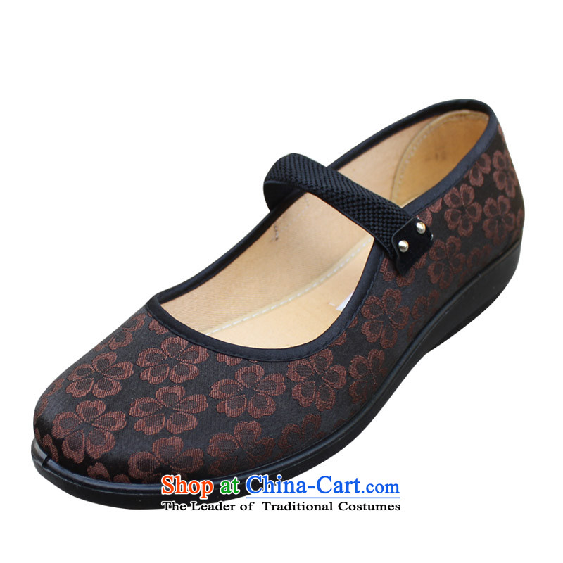 Welcomes the definition of Old Beijing mesh upper comfort and breathability mother shoe light port low light round head of older women shoes聽 XQD5831 NPC Code聽Brown聽42