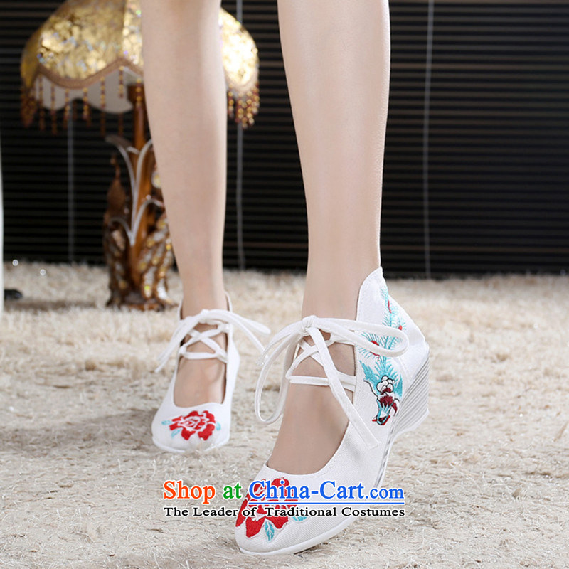 2015 Spring/Summer new women's shoe mesh upper single shoe high elevations with retro ethnic embroidered shoes white 38