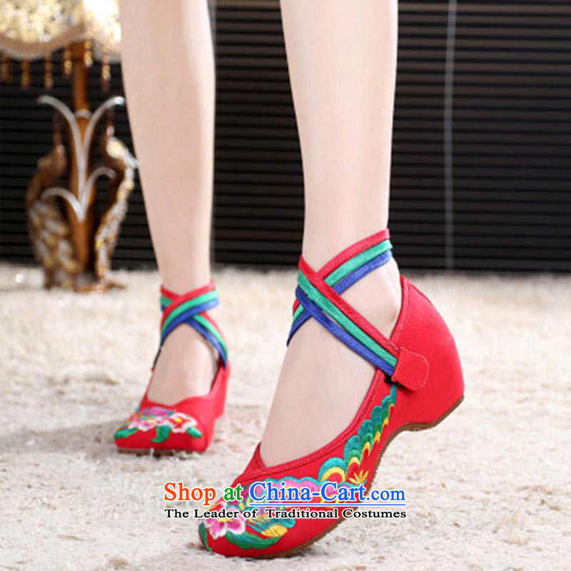 Dan Jie Shi 2015 Autumn new old Beijing mesh upper bongmu ethnic stylish embroidered shoes Plaza Dance Shoe slope with velcro womens single shoe Red 40