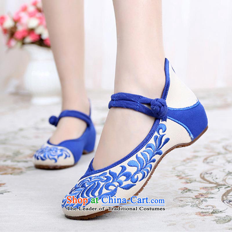 Dan Jie Shi 2015 Autumn new ethnic embroidered shoes women shoes of Old Beijing mesh upper porcelain embroidered shoes bottom slope beef tendon with low Shoes Plaza shoes Dance Shoe Blue聽34