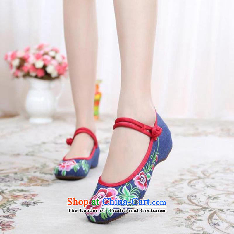 Dan Jie Shi 2015 Autumn new wealth peony embroidered shoes of Old Beijing mesh upper ethnic retro embroidered shoes Plaza Dance Shoe stylish girl single shoe cowboy color 37