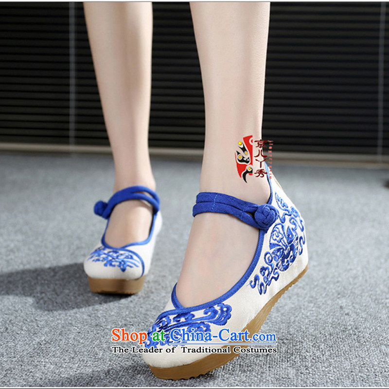 Putin has been Soo-embroidered shoes of Old Beijing national women's shoes wind shoes porcelain embroidery waterproof Taichung the the high-heel shoes Stylish retro female A108-103 Blue 35