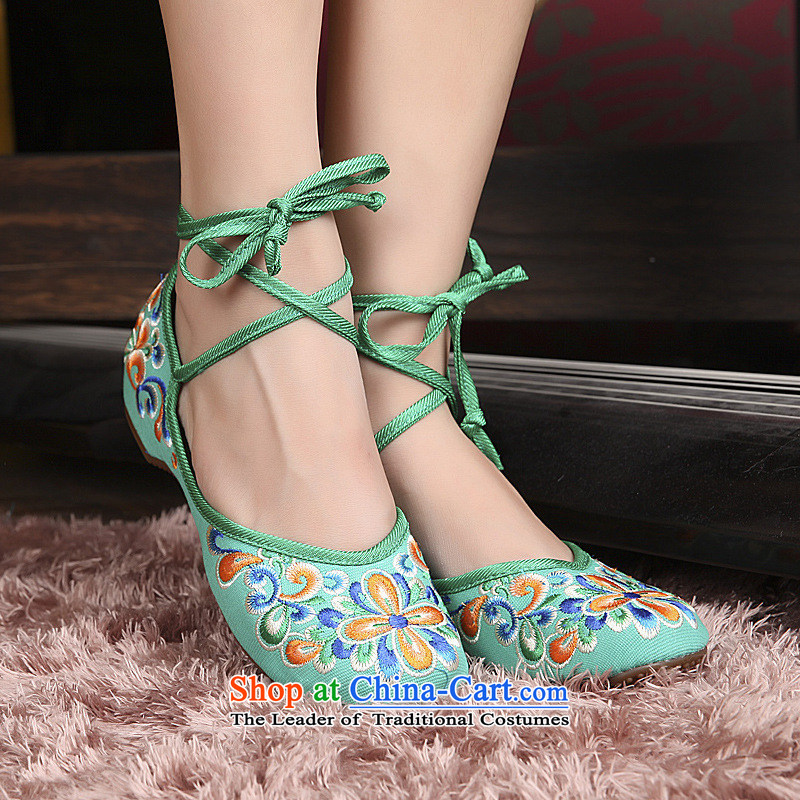 2015 Autumn and winter new stylish dance shoe is colorful and embroidered shoes old Beijing mesh upper end of beef tendon auspicious soft bottoms single shoe xhx Green 38