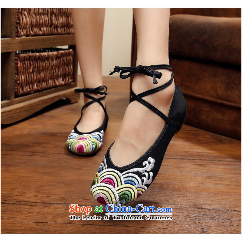 The autumn 2015 new waves of Beijing mesh upper nice old embroidered ethnic beef tendon Bottom soft bottoms single shoe xhx Red40