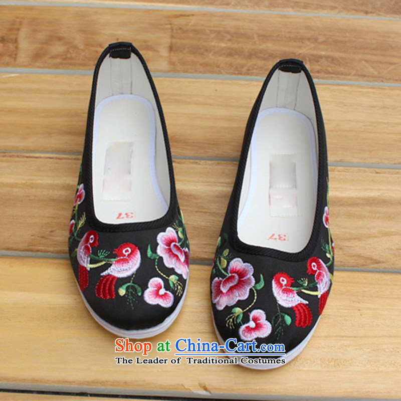 Women shoes damask side Fall thousands-base flat fashion retro ethnic embroidered shoes Yuanyang embroidery marriage shoes red old Beijing TA-7 mesh upper black39