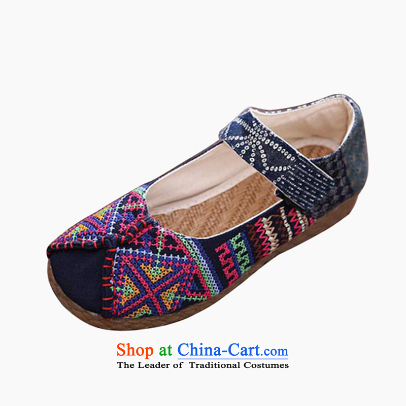 The fall of Old Beijing mesh upper female beef tendon Bottom soft bottoms embroidered shoes retro folk embroidery leisure shoes round head girl shoe to a single field hasp flat shoe Blue40