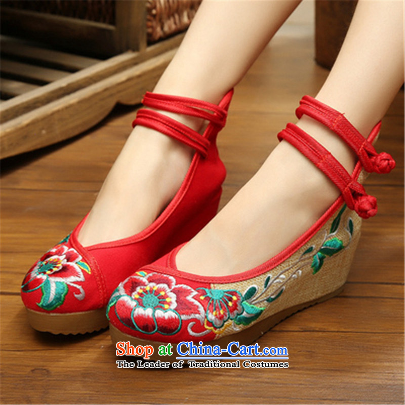 Step-by-step approach of2015 New Old Beijing mesh upper for women through the spring and fall slope of ethnic embroidered shoes with thick rising within the mesh upper womens single shoe red hibiscus flower36