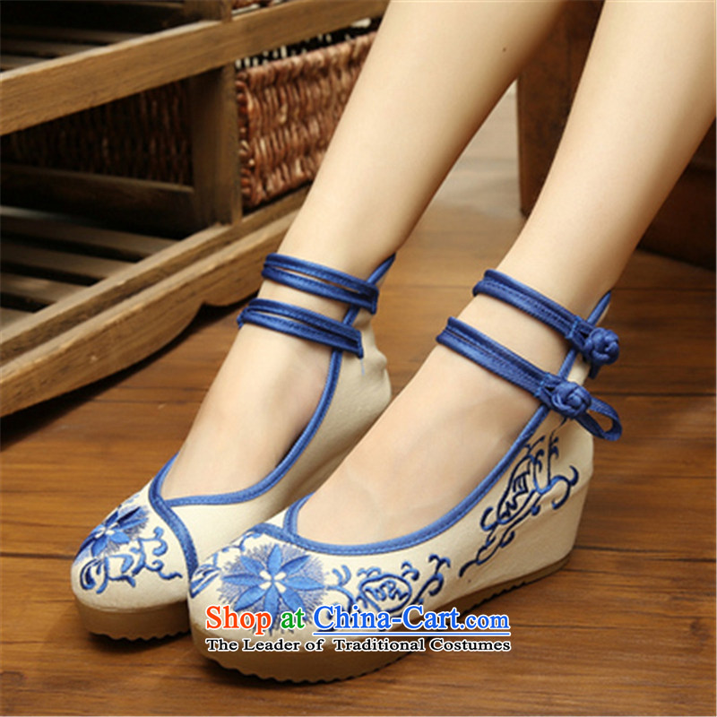 Step-by-step approach ofspring and autumn 2015 new old Beijing mesh upper with slope women shoes embroidered shoes of ethnic women with higher within the slope mesh upper womens single shoe blue sunflowers35