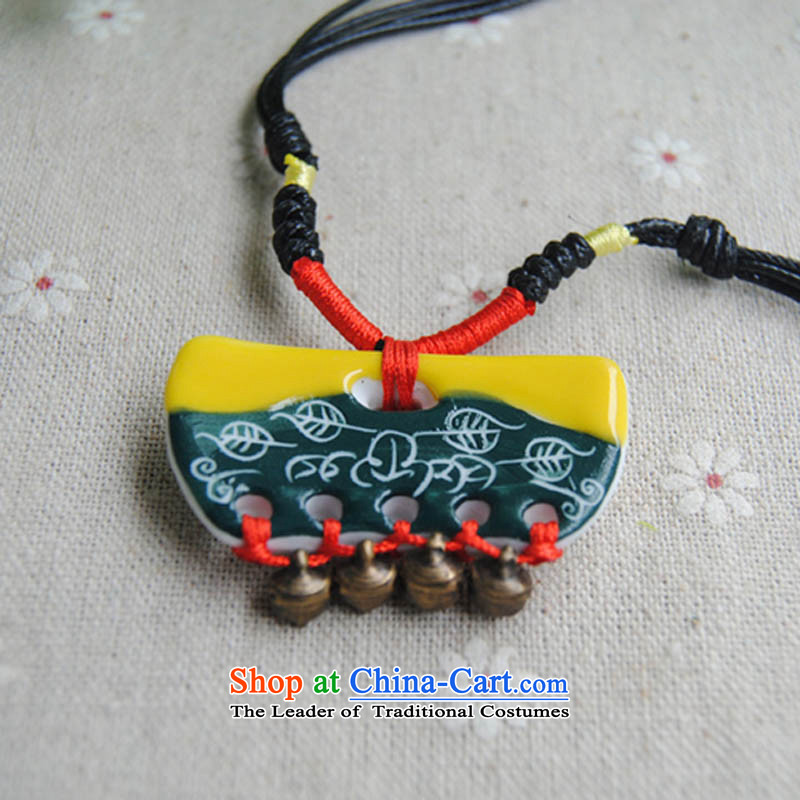 Sunroof (sky window lock with Ling Dang stained auspicious necklace China wind jewelry business gifts gift foreign friends yellow