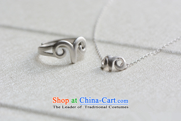 Martin Lee of the Chinese zodiac silver clavicle gamma sheep link national wind necklace rings necklace picture, prices, brand platters! The elections are supplied in the national character of distribution, so action, buy now enjoy more preferential! As soon as possible.