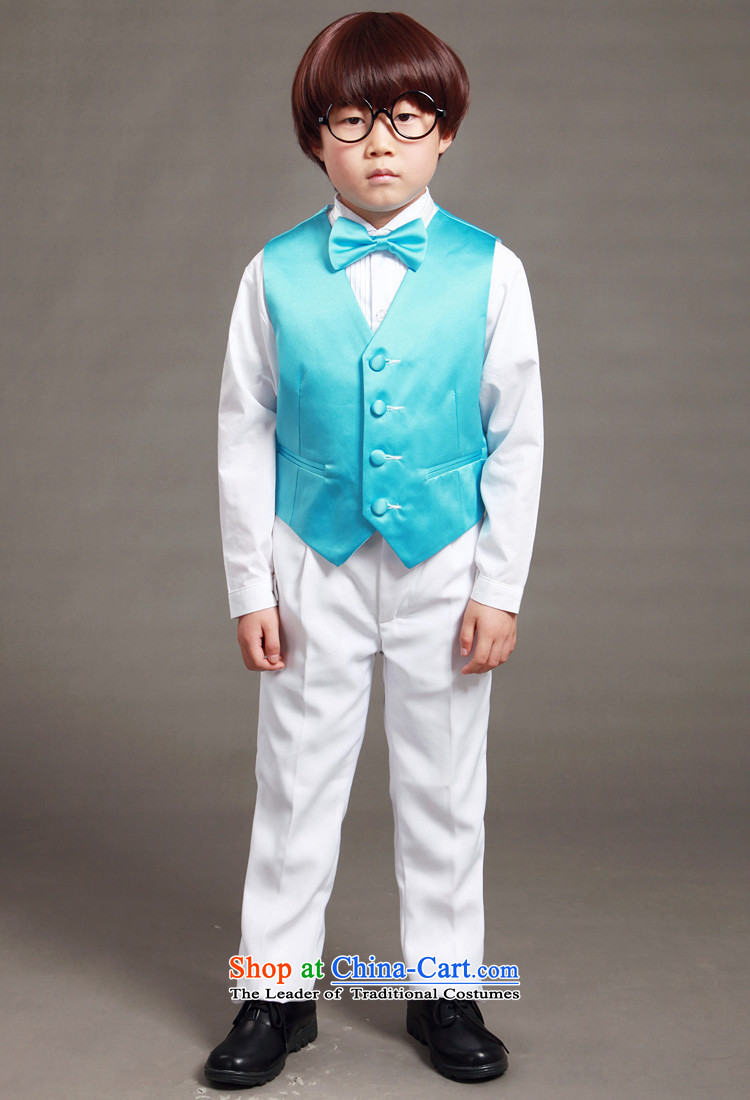 The boy, a show of dress with male Flower Girls wedding, a ...
