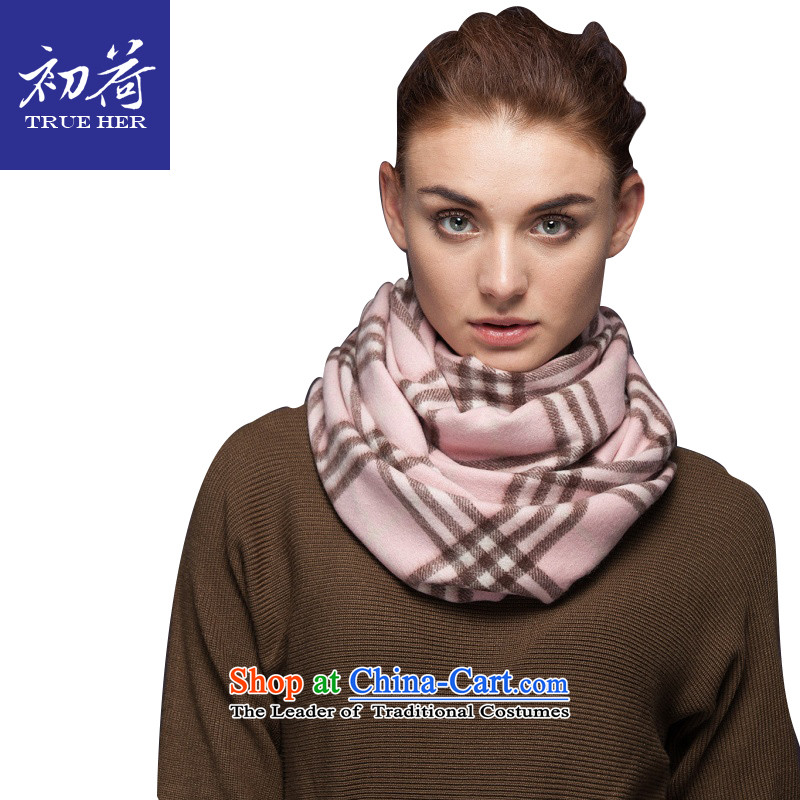 I should be grateful if you would arrange early New Classic Grid pashmina Female European and American fashion in the autumn and winter Ms. Thick Long a shawl gift box with two Family Series light powder