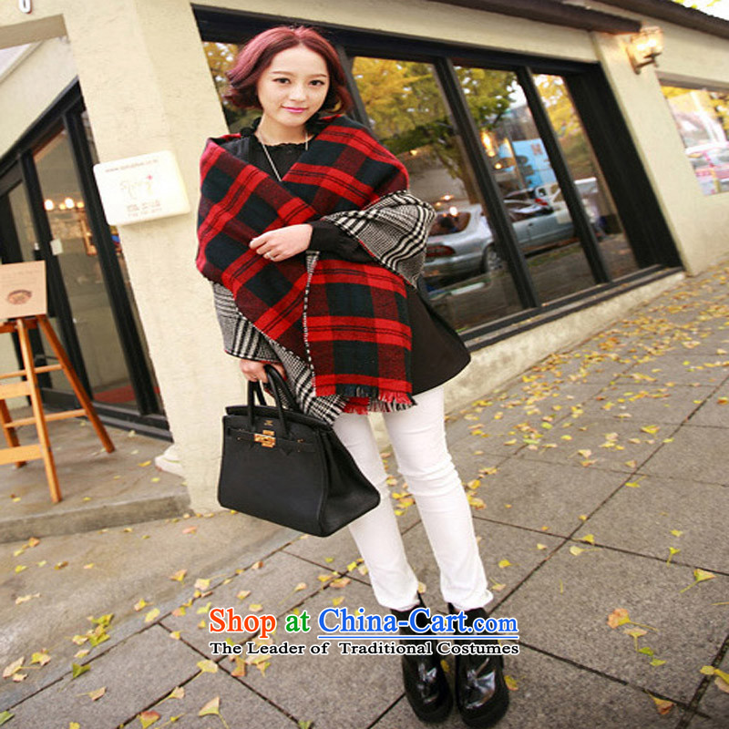 Autumn and winter long and two with the double-sided scarf air-conditioning shawl large shawl thick warm Ms. grid a red grille