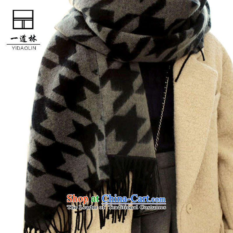 A Korean version of the forest chidori grid emulation /pashmina shawl stylish men and women the same warm shawl scarf black