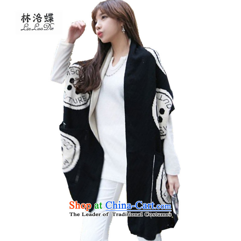 The Butterfly Korean Forest of autumn and winter new thick warm air-conditioning shawl knitted knitwear leisure long dual-use pocket handkerchief pocket shawl black
