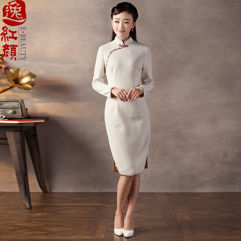 A Pinwheel Without Wind including Yat�15 autumn and winter new improvements in the skirt qipao stylish long long-sleeved knitted material qipao? beige�L
