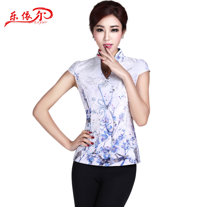 In accordance with the American's new Tang dynasty qipao ethnic retro qipao shirt elegant personality improved short-sleeved qipao white T-shirt + pants summer聽XL