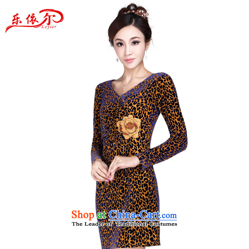 In accordance with the American's summer new women's long-sleeved velvet cheongsam dress Chinese Antique embroidery cheongsam dress LYE1349 Leopard?L