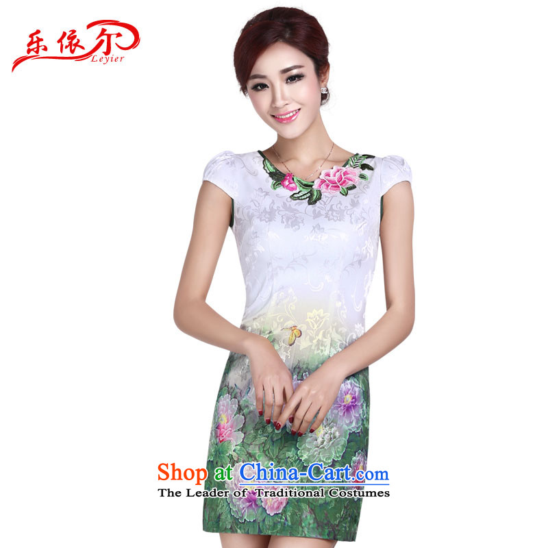 In accordance with the American Women's Summer's elegant qipao embroidered dress cheongsam dress Sleek and Sexy female retro in Sau San long skirt LYE1401 White M