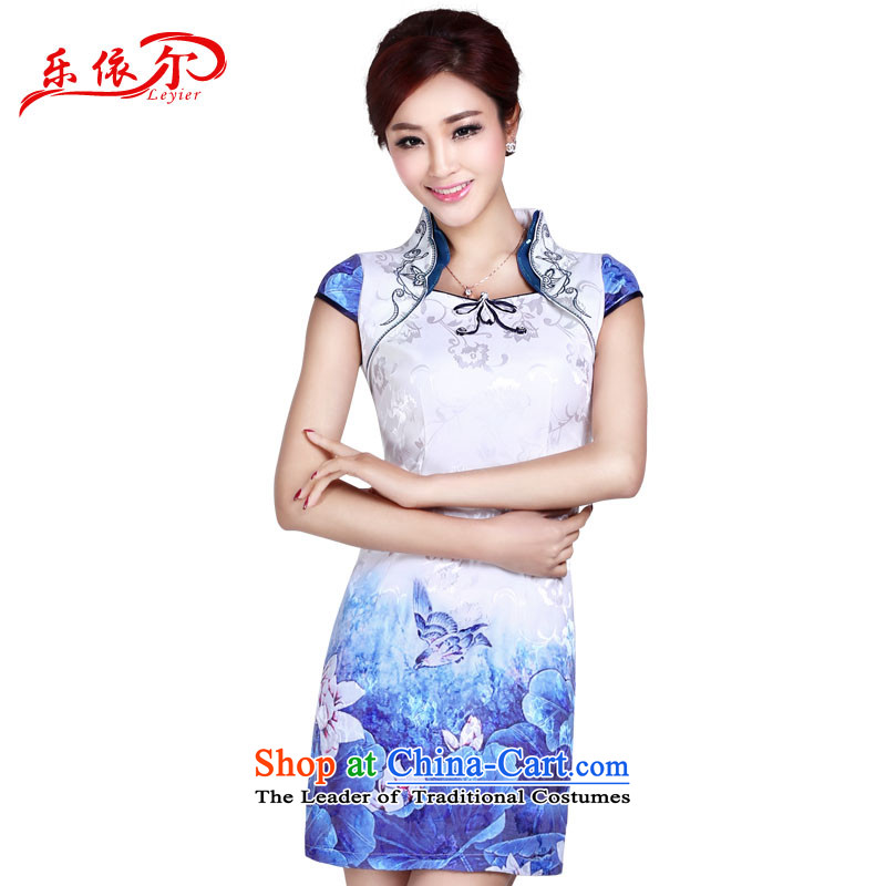 In accordance with the American's summer retro improved cheongsam dress Ms. tray clip embroidered short of classical Sau San daily cheongsam dress LYE8802 white聽S