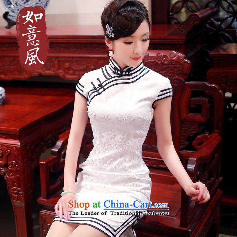 After a day of wind?spring classic black and white stylish 2015 retro stereo three piping boutique Leisure Short qipao?0168 applied onto it 0168 applied onto it white?S