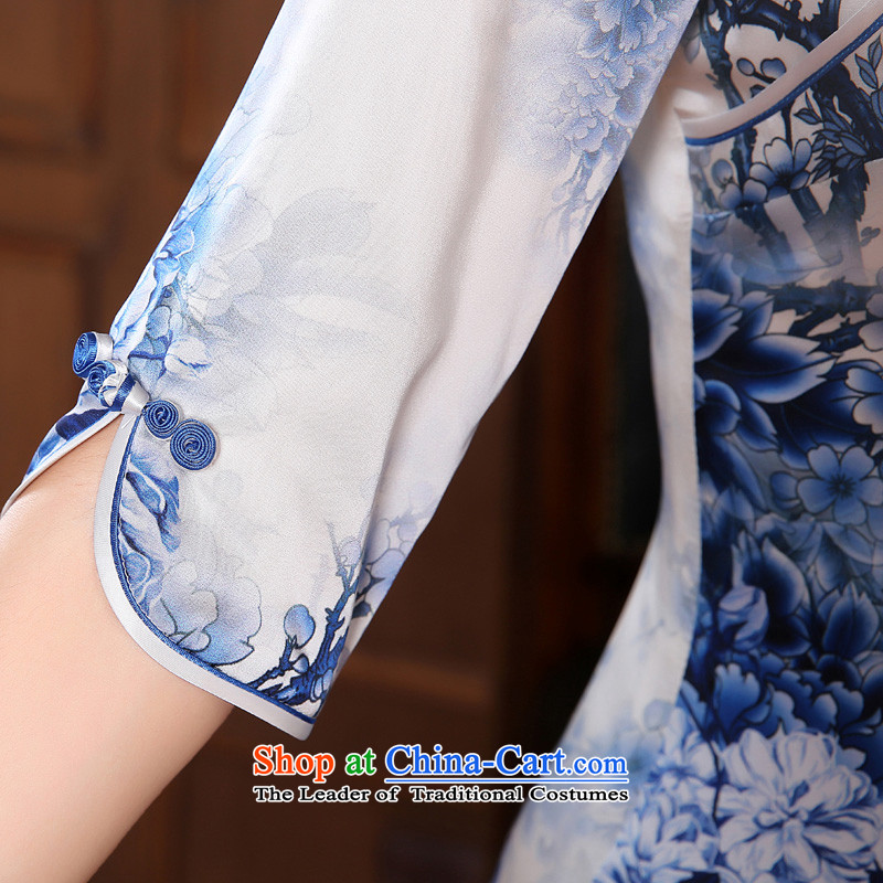 Morning new qipao land 2014 Autumn replacing retro long-sleeved improved stylish herbs extract heavyweight silk cheongsam dress blue light blue floral聽155/S, morning land has been pressed shopping on the Internet