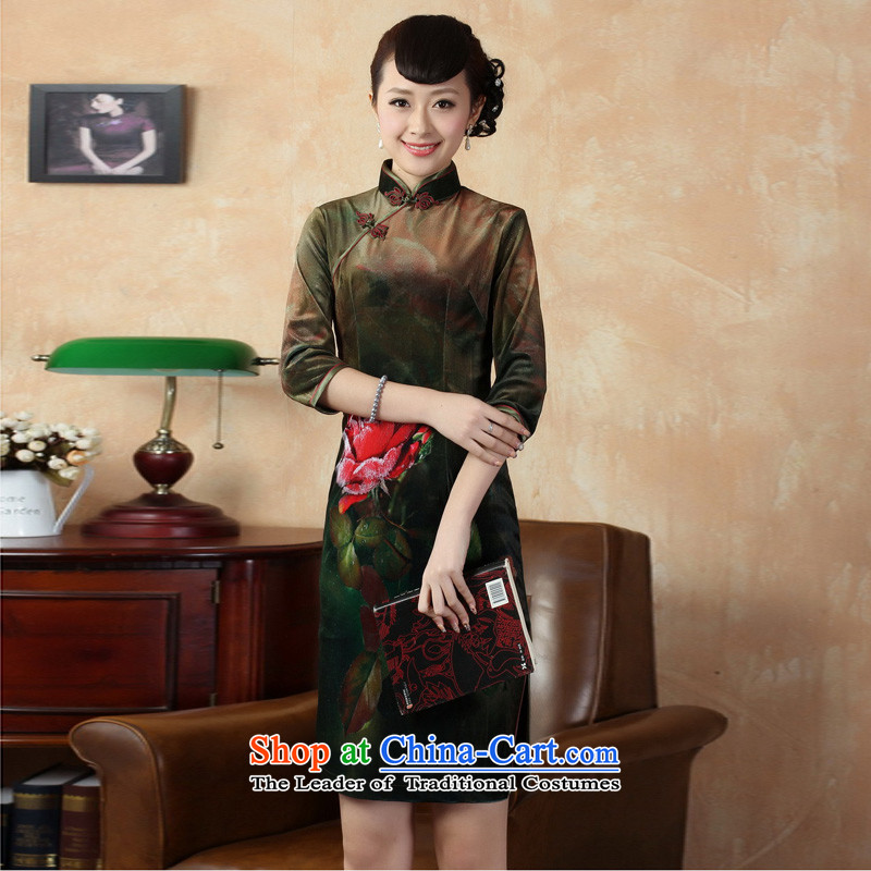 Mrs Ingrid Yeung as Overgrown Tomb�2014 Autumn and Winter Female decorated in stylish retro Tang dynasty improved dresses velvet cheongsam figure�M