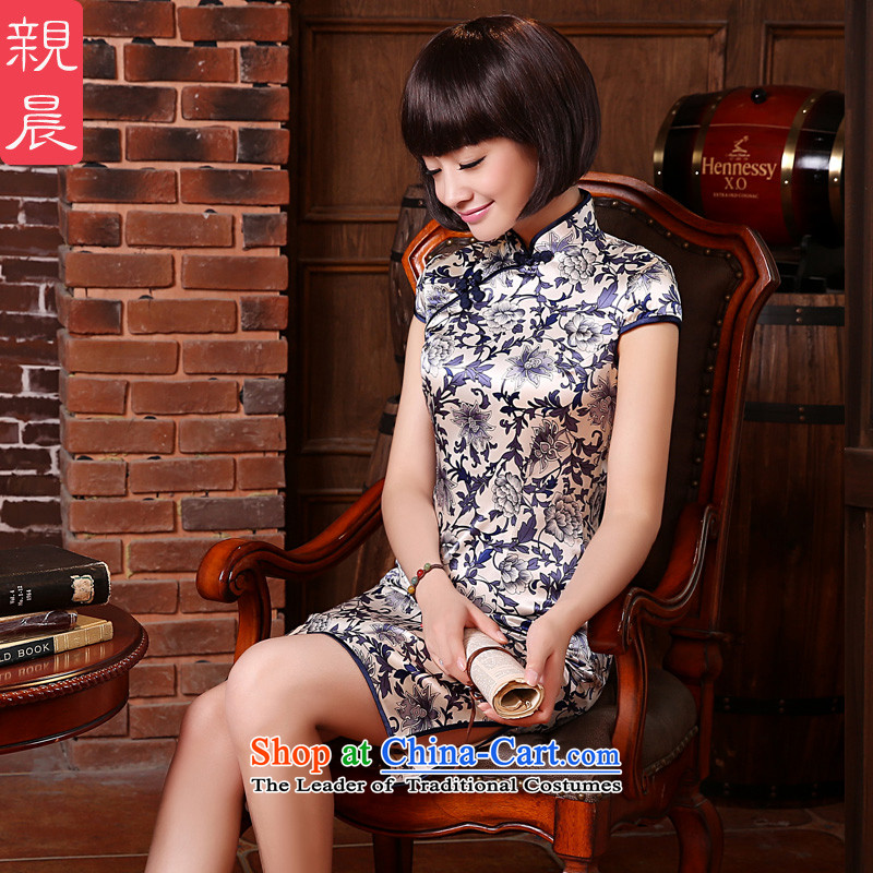The new summer and fall with high standard of silk herbs extract porcelain retro short, improved cheongsam dress dresses porcelain?S-waist 67cm