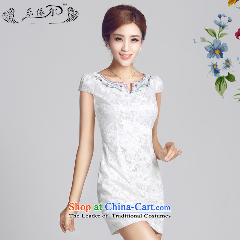 In accordance with the American's retro gentlewoman qipao Spring New flower embroidery cheongsam dress daily short qipao female燣YE66626 Sau San燱hite燲XL