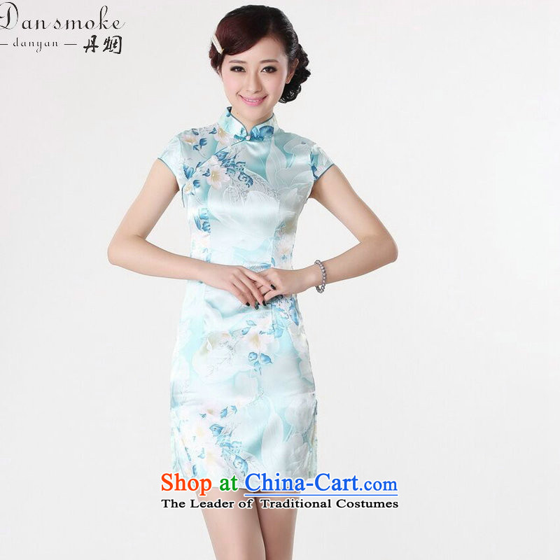 Dan smoke new cheongsam dress summer improved retro collar is pressed to hand-painted silk cheongsam dress short Chinese improvement of light blue聽2XL