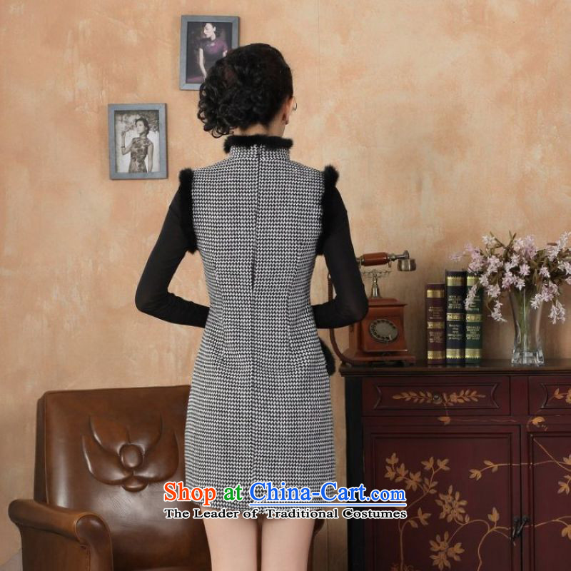 Ms. 27.41 picking qipao Tang Dynasty Fall/Winter Collections of nostalgia for the improvement of the new grid wool rabbit hair collar qipao? White?S