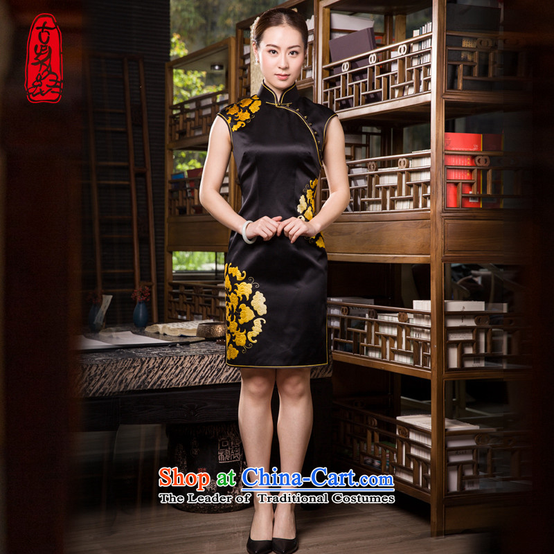 The Wu female red 2015 Summer Ms. new high-end handicraft embroidery cheongsam dress Short thin, video qipao elegant embroidery L