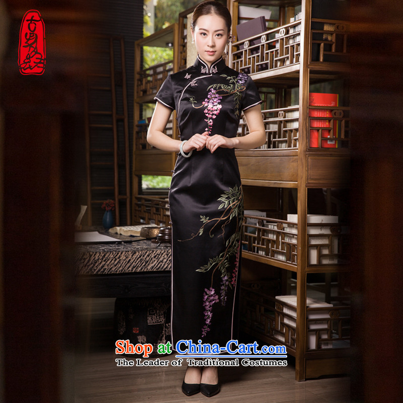 The Wu female red�15 Summer New Silk Cheongsam dress Ms. retro long herbs extract elegant hand Embroidery Stamp Black Zi Teng Fa燲L