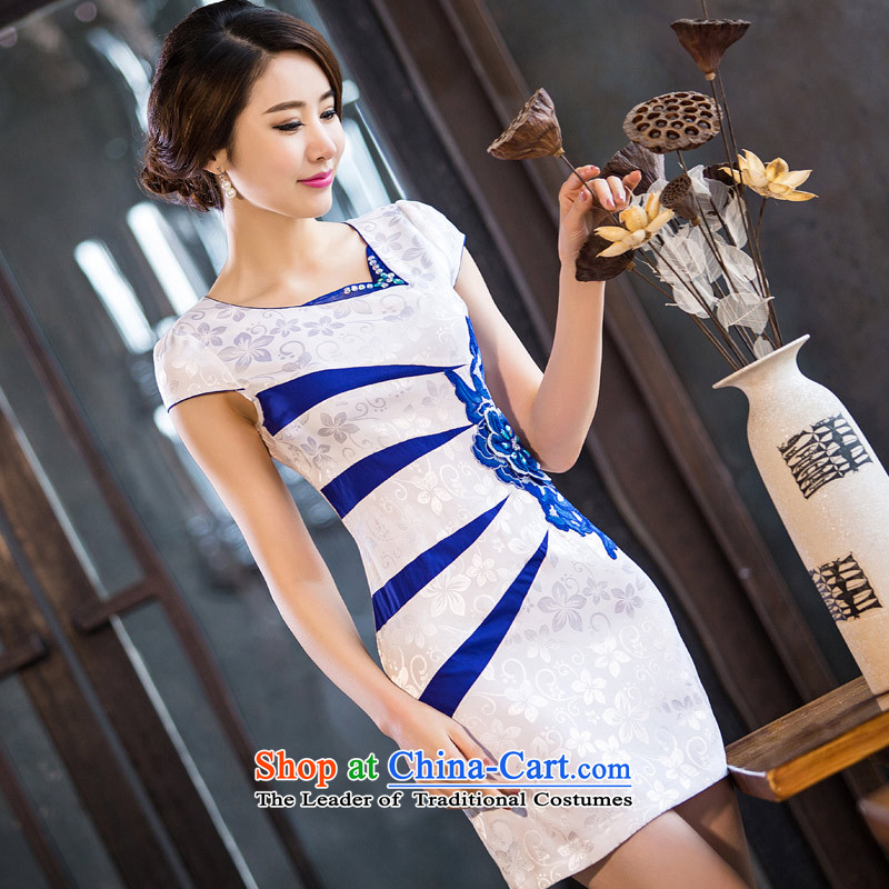 Eason Chan point cheongsam dress new summer 2015 Sau San Stylish retro, thin short video Chinese Daily Ms. Qi robe embroidered improved foutune wireless white?L