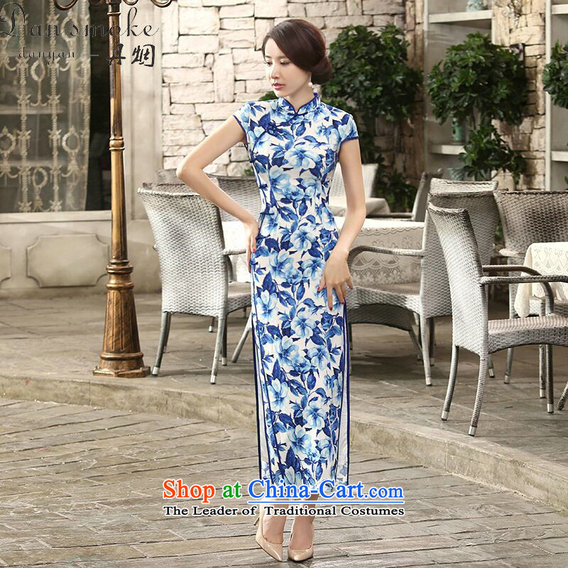 Dan breathing new for women Chinese daily retro porcelain silk dresses qipao gown length improved dinner as聽 XL