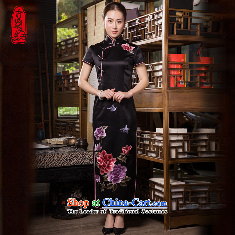 The Wu female red 2015 Summer new president-to-day handicraft embroidery pure black silk cheongsam dress Chinese herbs extract long elegant stamp Black XL