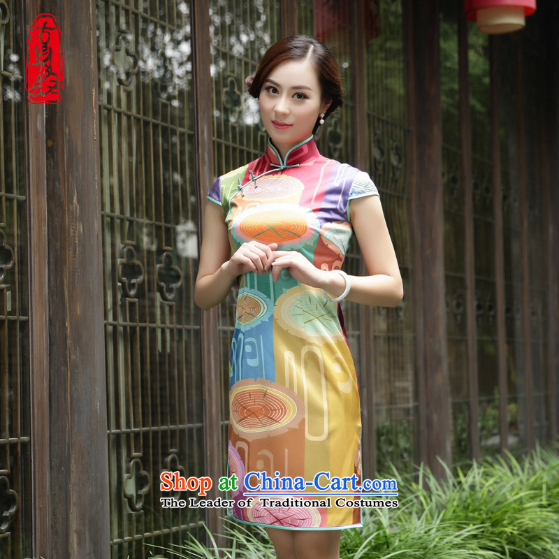 The Wu female red�15 New Silk Cheongsam dress fall short of replacing Sau San-collar daily Women's dresses with wooden plank燣