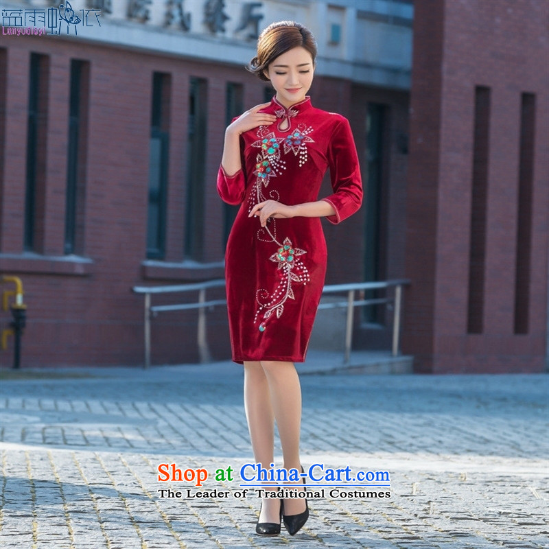 Daily new qipao spring and summer new cheongsam qipao banquet with velvet embroidery retro short of Qipao RED燤