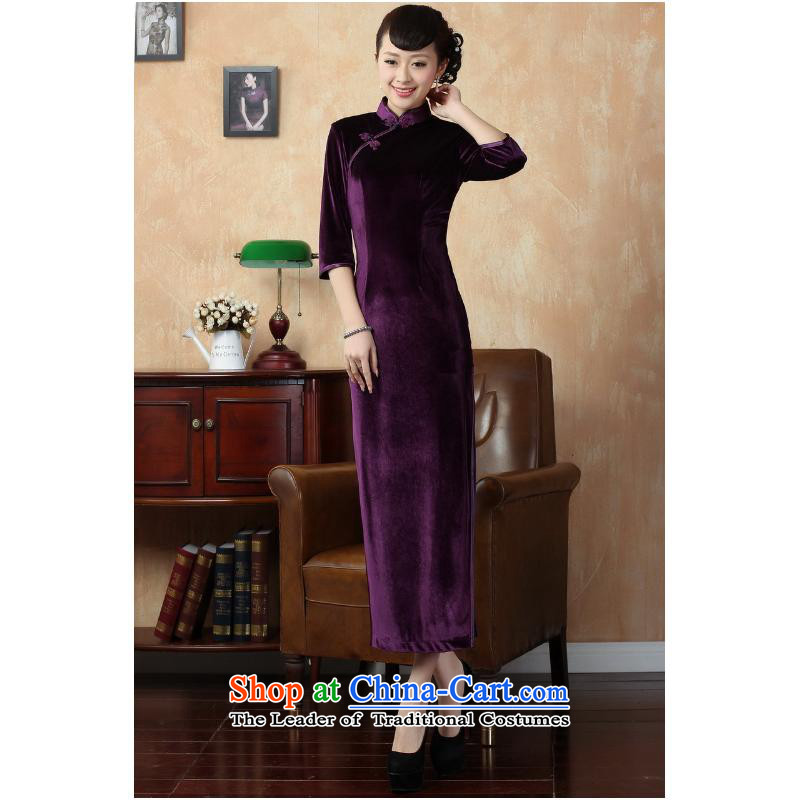 She was particularly older women's Headliner Tang Dynasty Ms. qipao autumn and winter pure color and the Stretch Wool qipao seven gold cuff violet燬