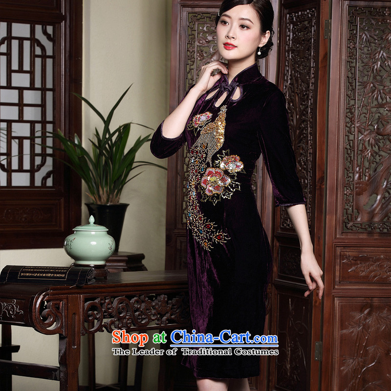 The Seal of autumn and winter new staple in the Pearl River Delta cuff velvet cheongsam manually modified wedding dresses retro mother dresses purple L