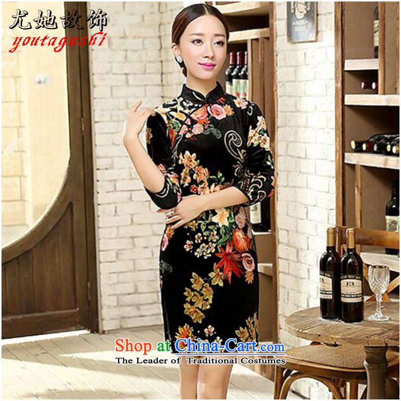 She was particularly international women's dresses Chinese wedding dresses improved retro Sau San 7 cuff velvet cheongsam dress Figure Color燬