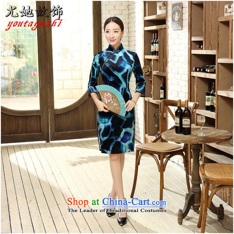 She was particularly ornaments with new Ms Chiu qipao Chinese collar improvement Sau San Stretch Wool 7 cuff marriage short qipao Figure Color燬
