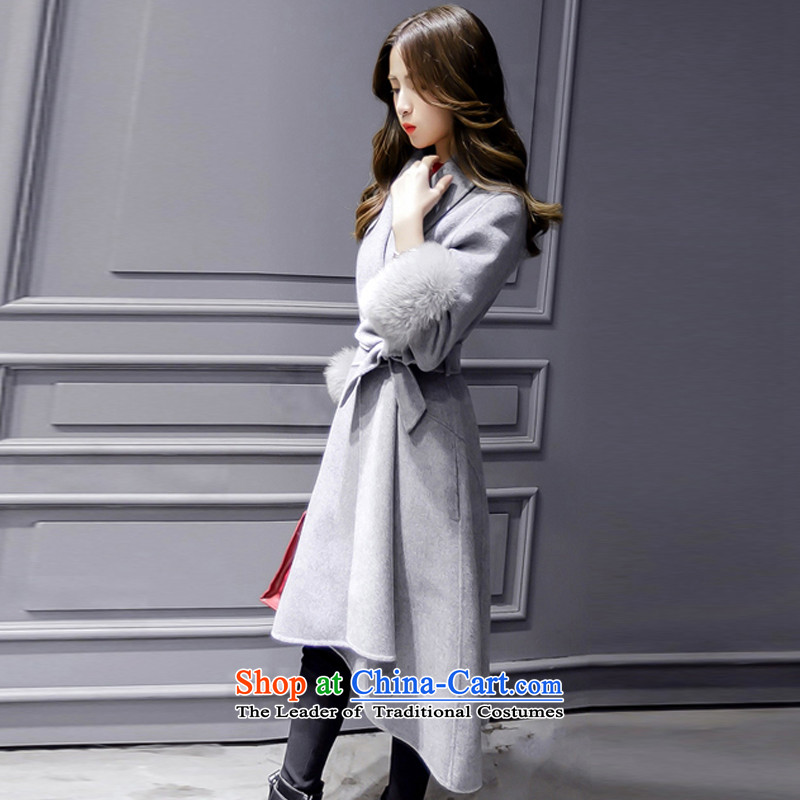 The temperament v-neck autumn and winter coats that? long hair? gray jacket Sau San M