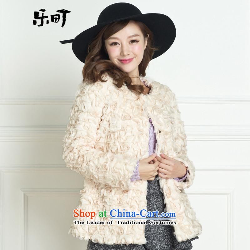 Lok-machi 2015 winter clothing new date of female stereo CWAA44111 coats of Sau San spend beige?M