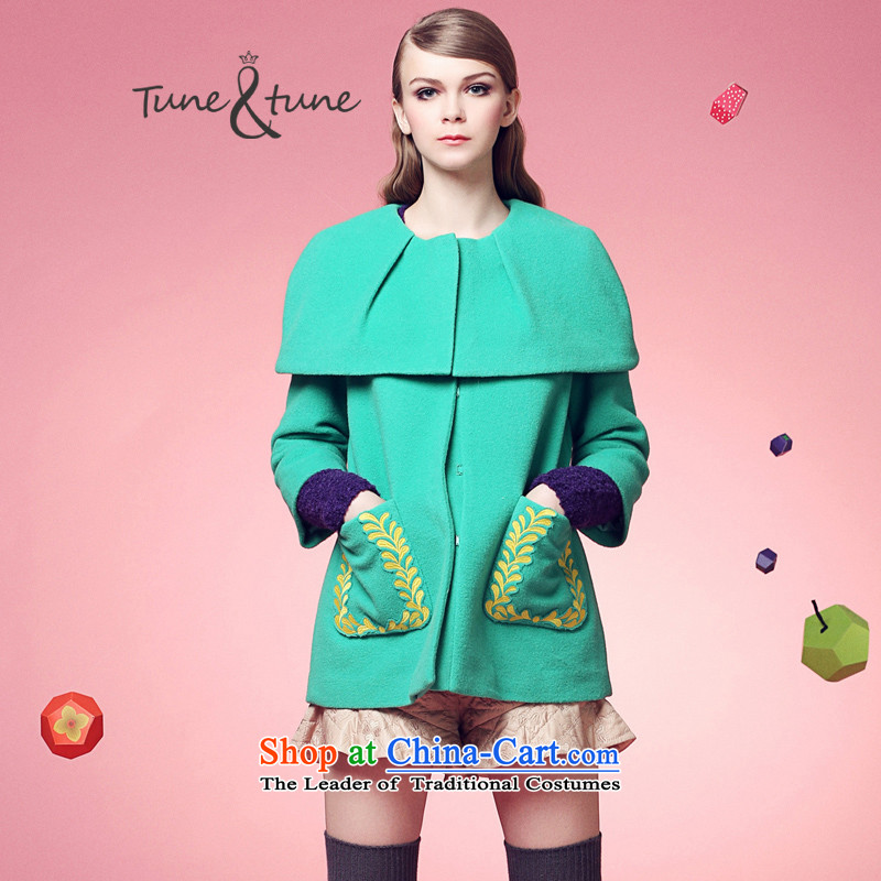 Tune to tune forwinter new three-dimensional pocket embroidery of lint-free mantle coatsT44939AQUAMARINEXS
