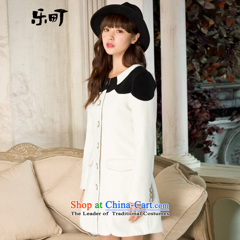 Lok-machi 2015 winter clothing new date of female black and white color sepia? coats knocked C1AA34414 white?S