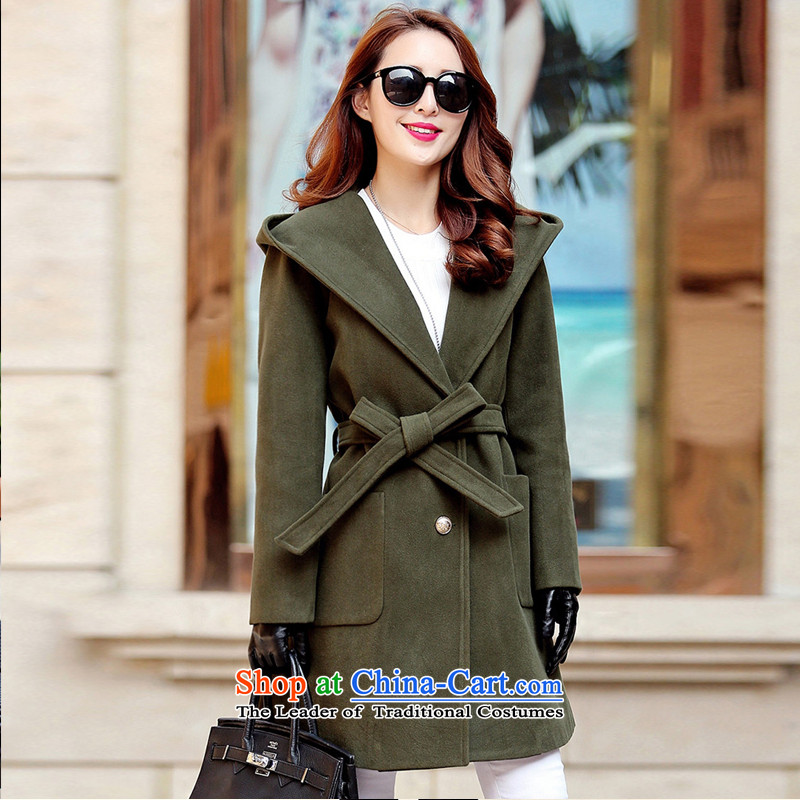Sleek and versatile in pure color long jacket, Army Green M