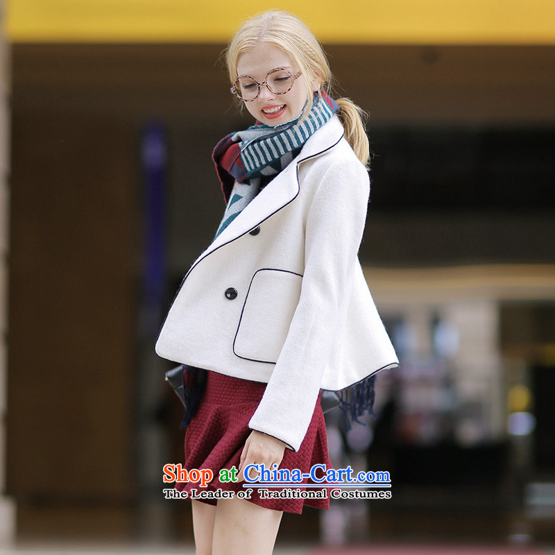 Wool? Shorter QIGIRL QG7296 jacket, White M