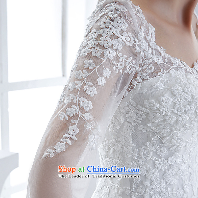 Wedding dress 2015 winter new bride long-sleeved shoulders lace align to bind with the white European-style high-end antique white S honeymoon bride shopping on the Internet has been pressed.