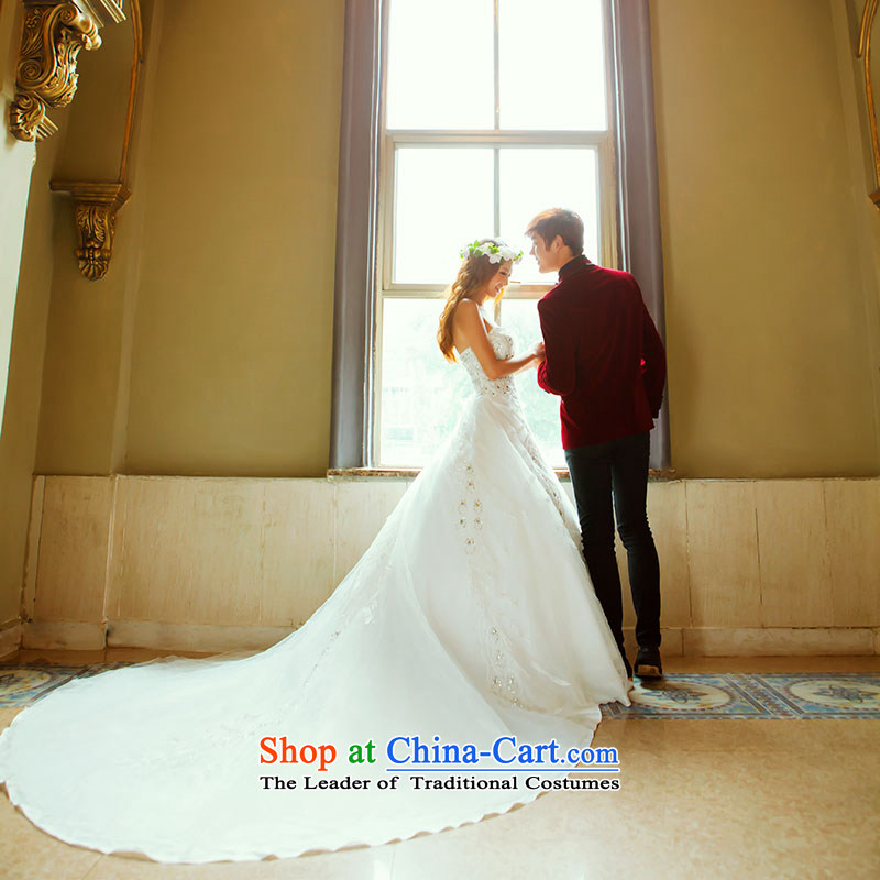 A bride wedding dresses Korean sweet princess wedding new deluxe long tail wedding 913 S, a bride shopping on the Internet has been pressed.